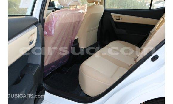 Acheter Importé Voiture Toyota Corolla Blanc à Import - Dubai, Barh el Gazel