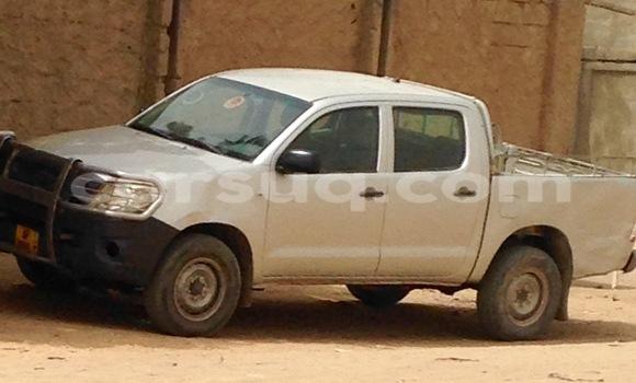 Acheter Neuf Voiture Toyota Hilux Gris à N'Djamena au Tchad