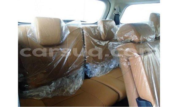 Acheter Importé Voiture Toyota Fortuner Blanc à Import - Dubai, Barh el Gazel