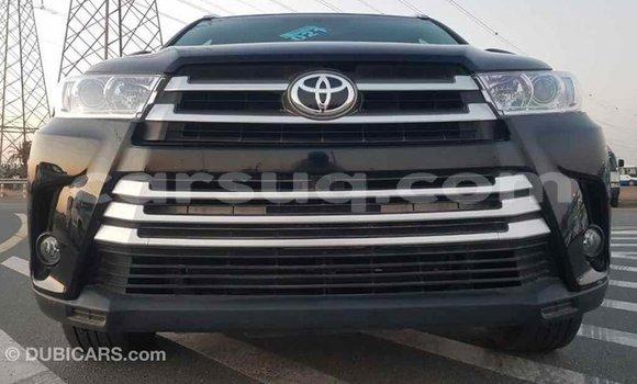 Acheter Importé Voiture Toyota Highlander Noir à Import - Dubai, Barh el Gazel