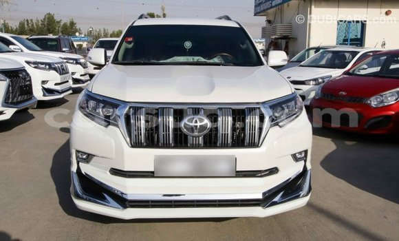 Acheter Importé Voiture Toyota Prado Blanc à Import - Dubai, Barh el Gazel