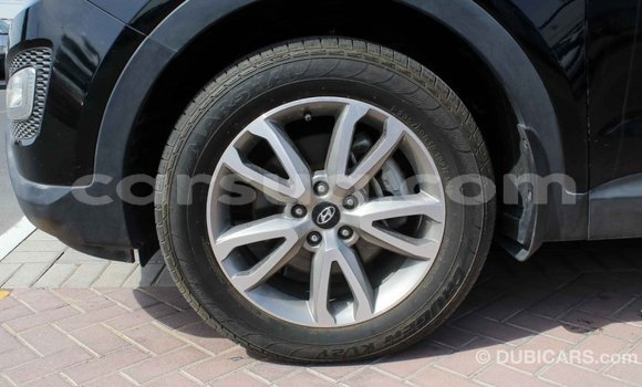 Acheter Importé Voiture Hyundai Santa Fe Noir à Import - Dubai, Barh el Gazel