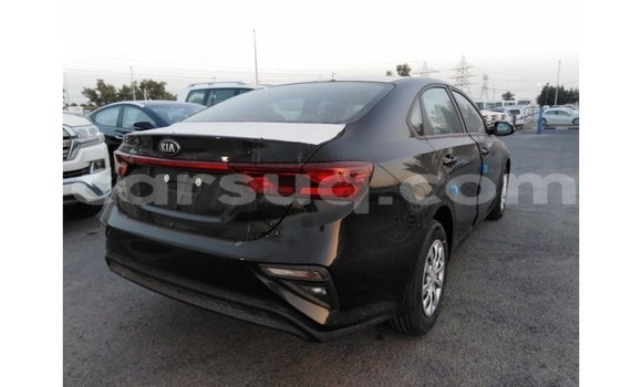 Acheter Importé Voiture Kia Cerato Noir à Import - Dubai, Barh el Gazel