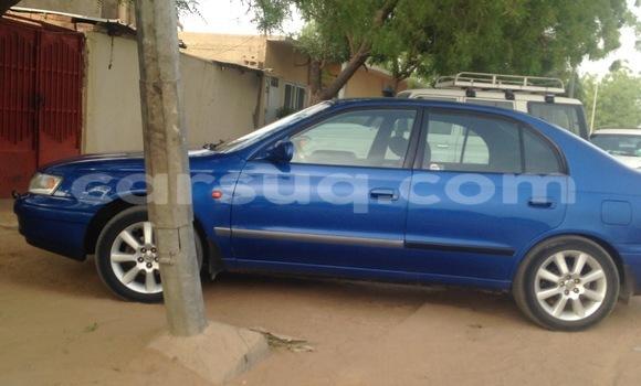 Acheter Occasion Voiture Toyota Corolla Bleu à N'Djamena au Tchad