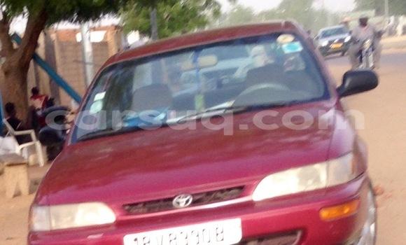 Acheter Occasion Voiture Toyota Corolla Rouge à N'Djamena au Tchad