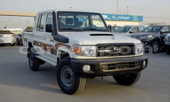 Medium with watermark toyota land cruiser barh el gazel import dubai 1326