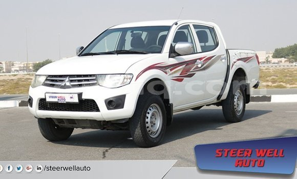 Medium with watermark mitsubishi l200 barh el gazel import dubai 1476