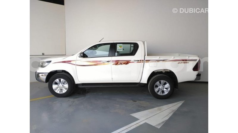 Big with watermark toyota hilux barh el gazel import dubai 1498
