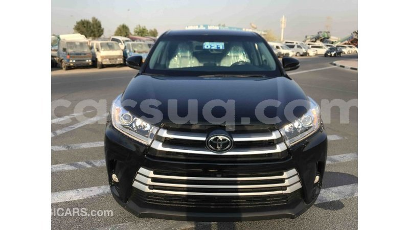 Big with watermark toyota highlander barh el gazel import dubai 1507
