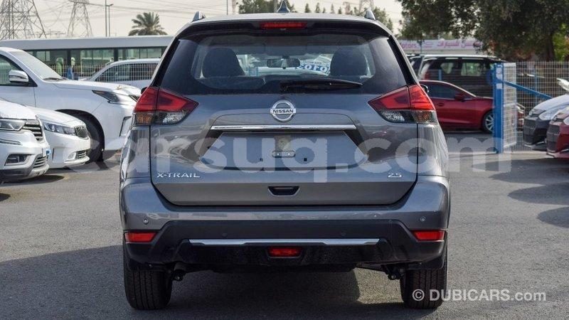 Big with watermark nissan evalia barh el gazel import dubai 2074