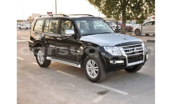 Medium with watermark mitsubishi pajero barh el gazel import dubai 2273
