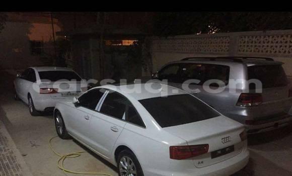 Acheter Neuf Voiture Audi A4 Noir à N'Djamena au Tchad