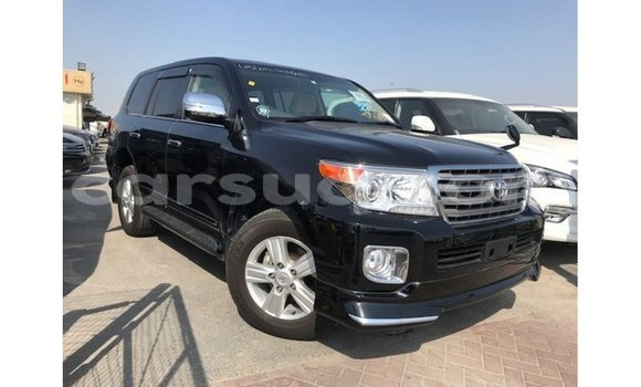 Medium with watermark toyota land cruiser barh el gazel import dubai 2491