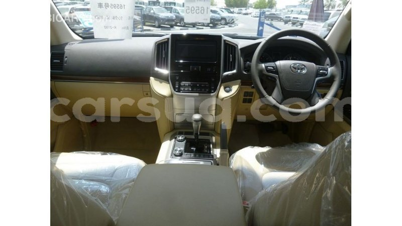 Big with watermark toyota land cruiser barh el gazel import dubai 2544