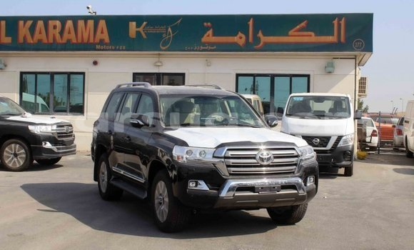 Medium with watermark toyota land cruiser barh el gazel import dubai 2706