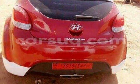 Acheter Occasion Voiture Hyundai Veloster Rouge à N'Djamena au Tchad