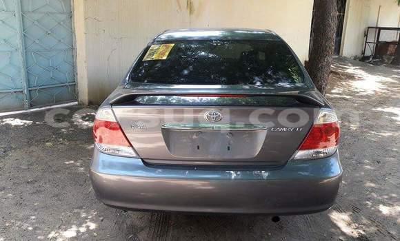 Acheter Occasion Voiture Toyota Camry Gris à N'Djamena au Tchad