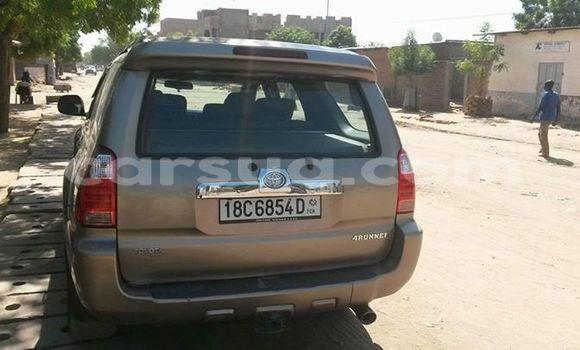 Sayi Na hannu Toyota 4Runner Sauran Mota in N'Djamena a Chadi