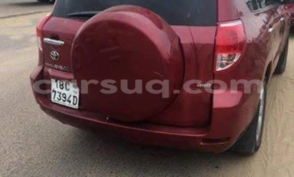 Acheter Occasion Voiture Toyota RAV4 Rouge à N'Djamena au Tchad