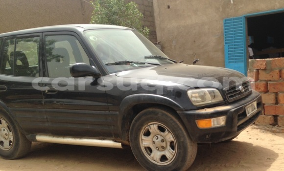 Acheter Occasion Voiture Toyota RAV4 Noir à N'Djamena au Tchad