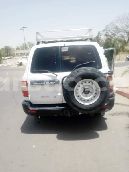 Big with watermark toyota land cruiser chari baguirmi n djamena 3238