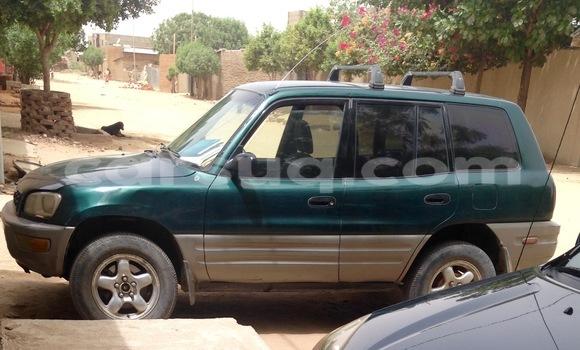 Acheter Occasion Voiture Toyota 4Runner Gris à N'Djamena au Tchad