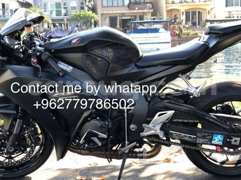 Big with watermark honda cbr 1000 rr chari baguirmi n djamena 3918