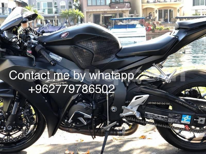 Big with watermark honda cbr 1000 rr chari baguirmi n djamena 3922