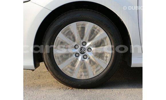 Acheter Importé Voiture Toyota Camry Blanc à Import - Dubai, Barh el Gazel